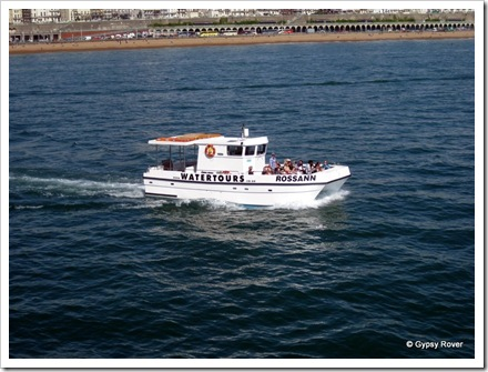 Boat trips from Brighton marina to the pier and back.