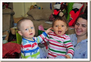 Ashley Burnett, Carson Burnett, Madison Sage, Christmas 2009