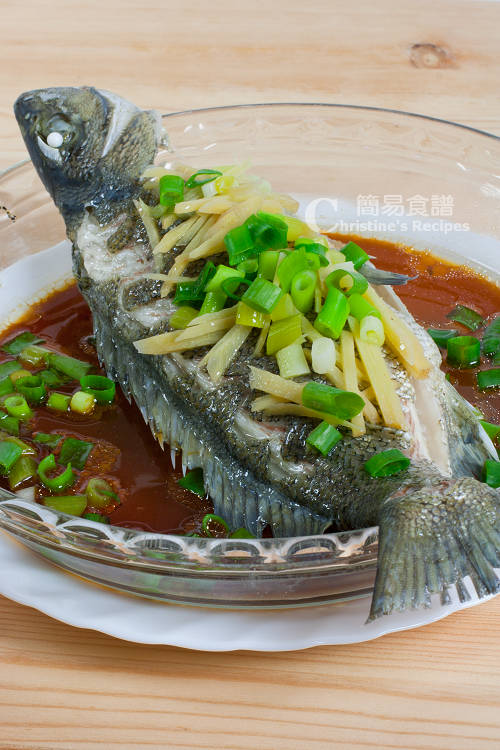 蒸鱸魚 Steamed Silver Perch01