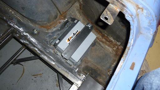 batterybox.JPG