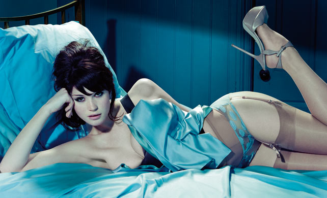 LO+HOT Gemma Arterton