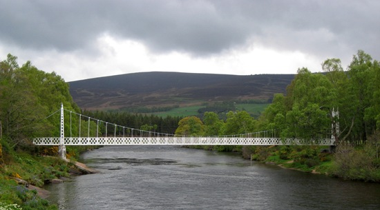 Bridge on the way to Dinnet