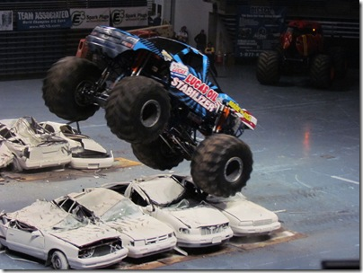 Monster Trucks 046