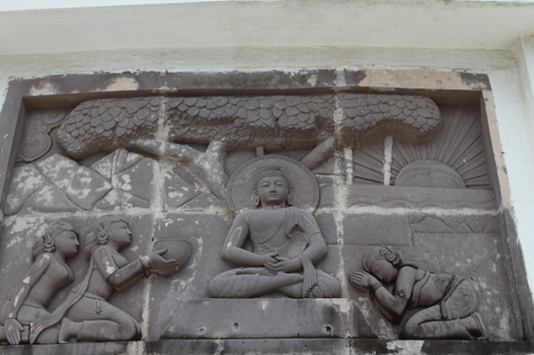 Stories on Buddhism engraved on the walls of Dhaulagiri