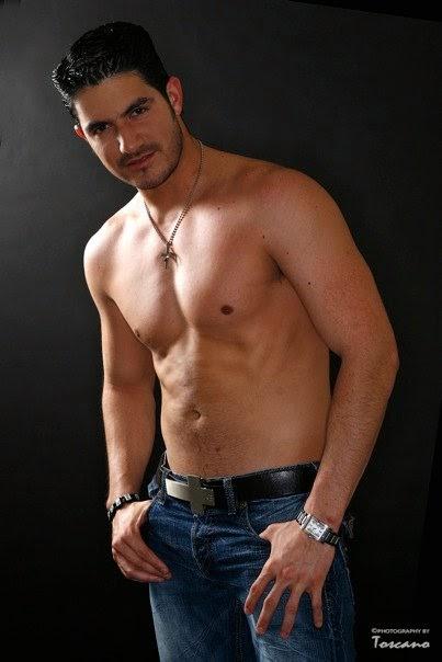 Aaron lautner y alejandro chus follada gay en el semad - 5 1