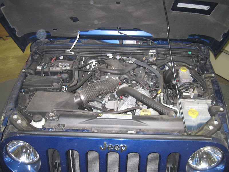 diy auxiliary fuse block & box - jk-forum.com - the top ... jeep jk auxiliary fuse box 2004 chrysler crossfire auxiliary fuse box