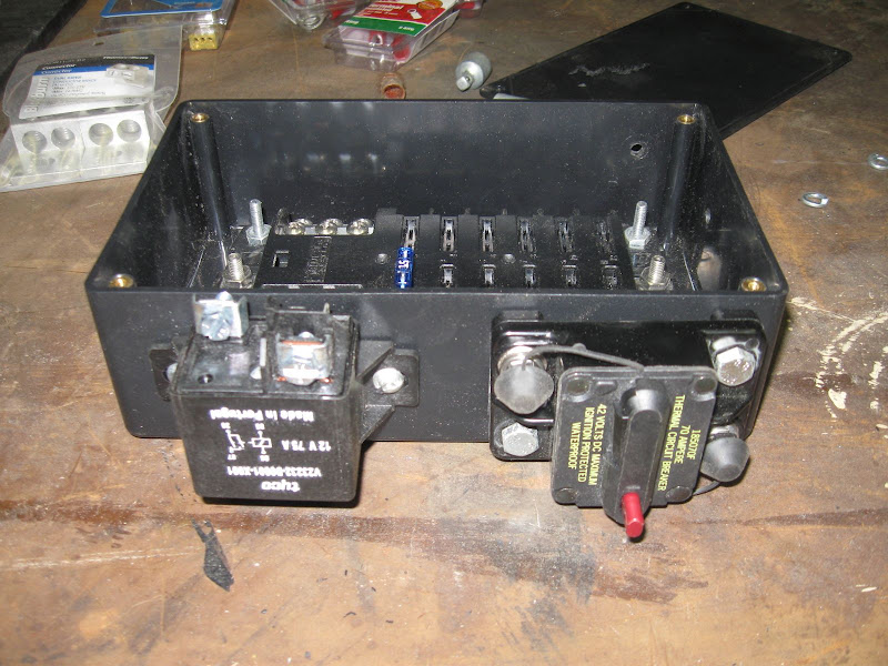 Jeep Aux Fuse Box - All Diagram Schematics Jeep Jk Auxiliary Fuse Box on