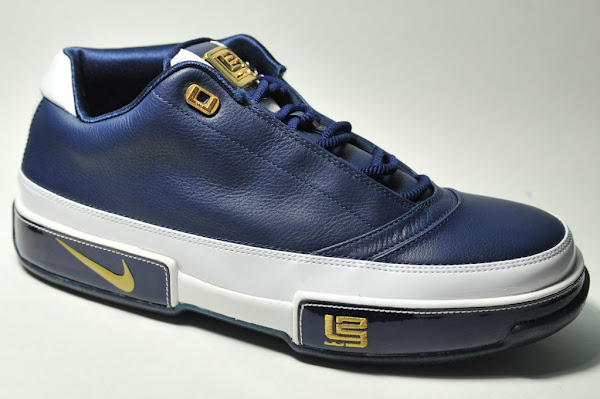 quality design eced6 78046 Black-Gold and White-Navy Zoom LeBron Low ST Detailed Pics   NIKE LEBRON -  LeBron James Shoes