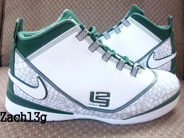 differently 67eda d4a15 Nike Zoom LeBron Soldier II TB White Green Sales Sample ...
