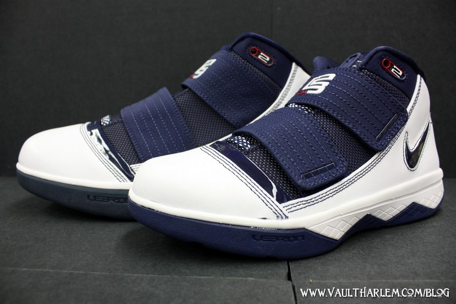 1551a2430965 Nike Zoom Soldier III – White and Navy (141) – Kids vs Mens