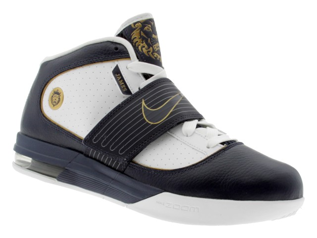bd6793a79bb LeBron8217s Nike Zoom Soldier IV WhiteNavyGold Detailed Look ...