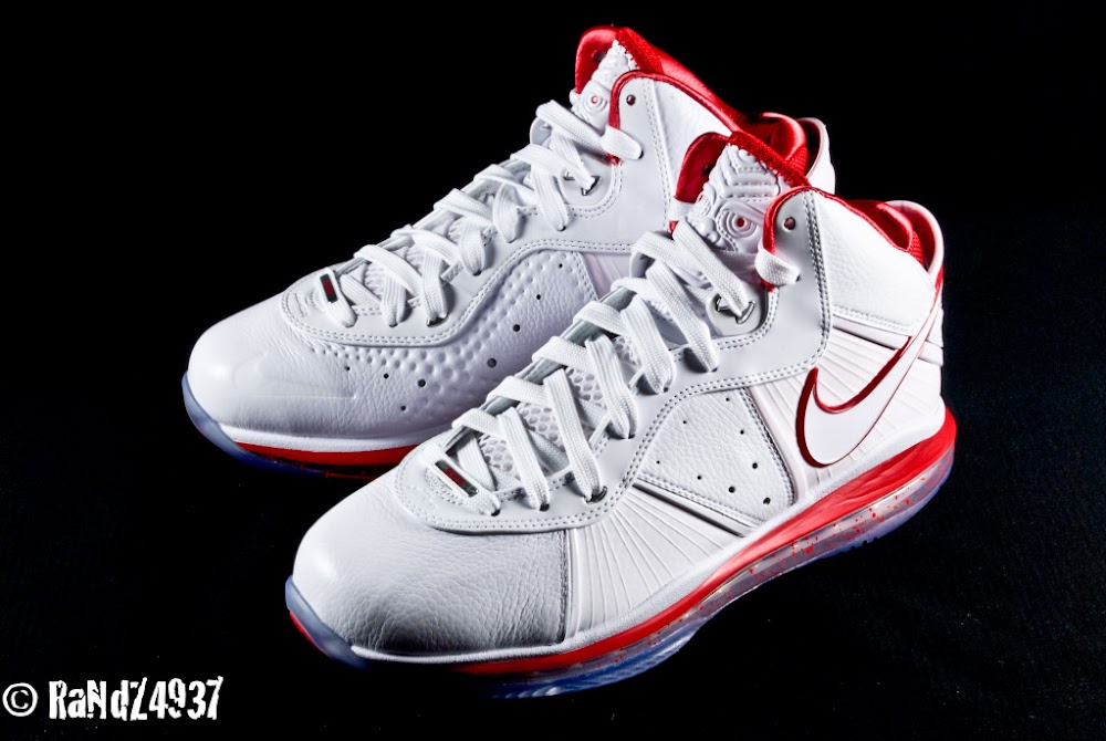the best attitude 50db8 94515 Nike LeBron 8 China Exclusive Delayed. December 7th, 2010.   NIKE LEBRON -  LeBron James Shoes