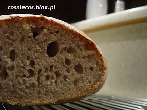 Łatwy chleb pszenny na zakwasie