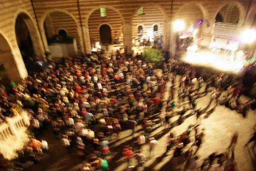 Cortile del Mercato Vecchio | Old Market Court.
