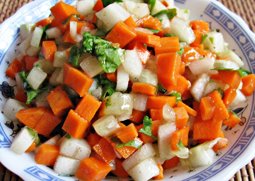 Carrot Cucumber Salad