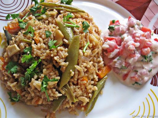 Vegetable Pulao/Pulav with Raita