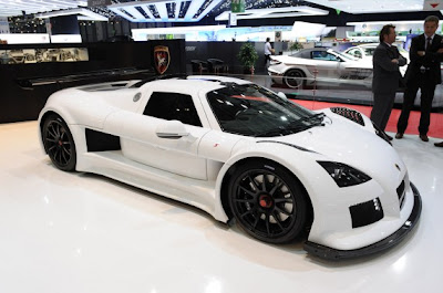 Gumpert Apollo S-02.jpg