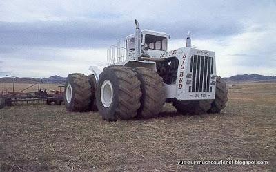 le plus gros tracteur du monde 1 tour d 39 horizon. Black Bedroom Furniture Sets. Home Design Ideas
