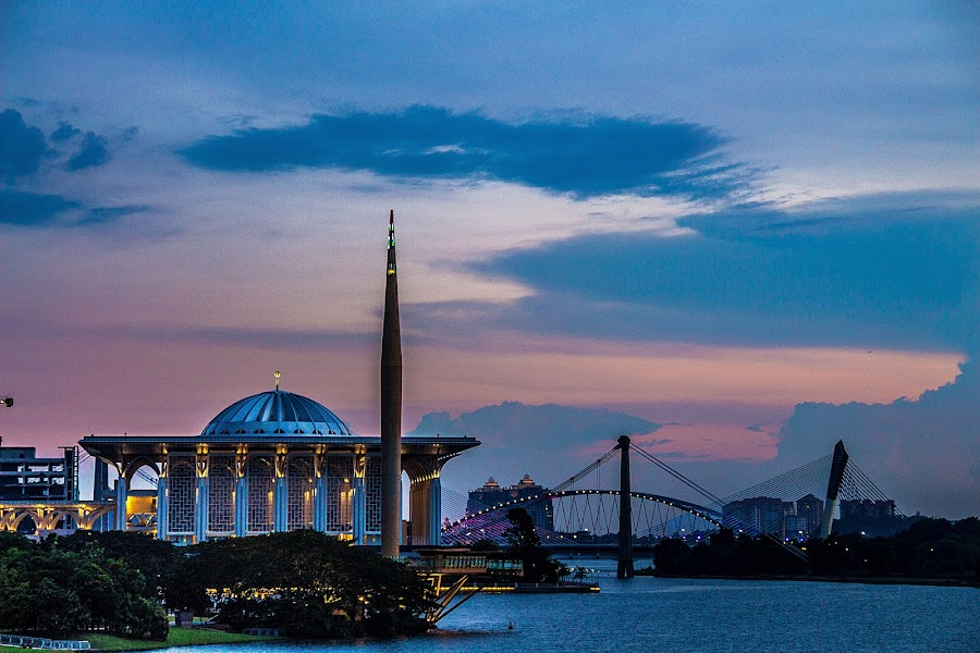 Iron Mosque Putrajaya by Eddy Ahmad - Buildings & Architecture Places of Worship ( blogger )