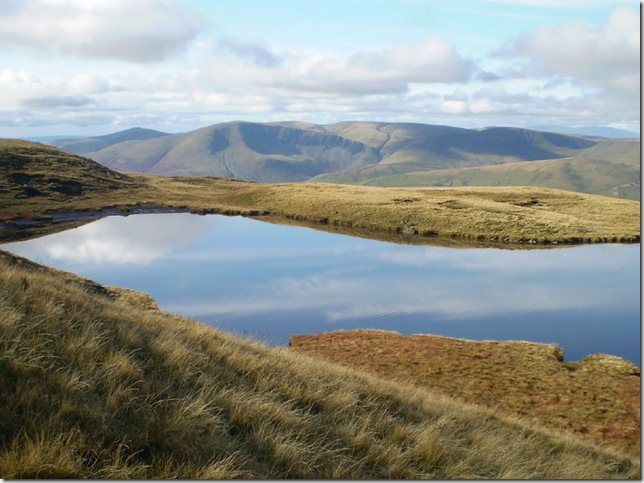 sand tarn on its shelf