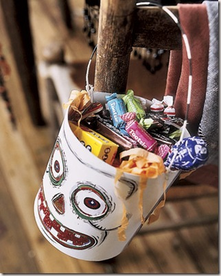 Halloween-Candy-tin-HTOURS1005-de