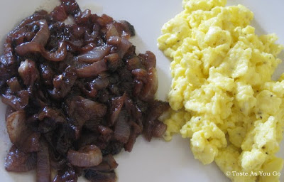 Caramelized Red Onions with Merlot and Scrambled Eggs | Taste As You Go