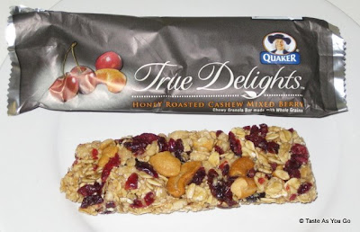 Quaker True Delights - Honey Roasted Cashew Mixed Berry Bar - Photo by Taste As You Go