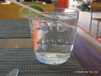 Gin and Tonic at Piquillo at JFK International Airport - Terminal 5 - Photo by Taste As You Go