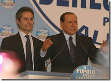 Berlusconi e il valletto Caldoro