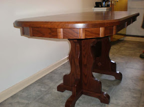 round colonial table