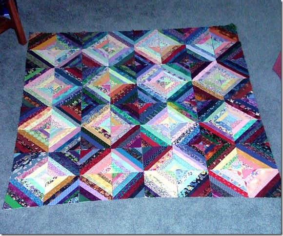 Finished string quilt