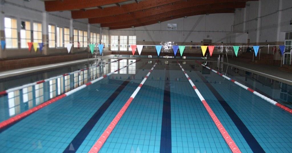 Gimnasio municipal y la piscina for Gimnasio y piscina