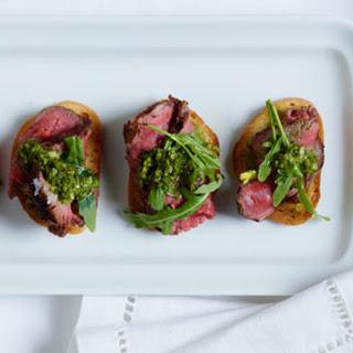 Basque Beef Tenderloin Crostini Recipe