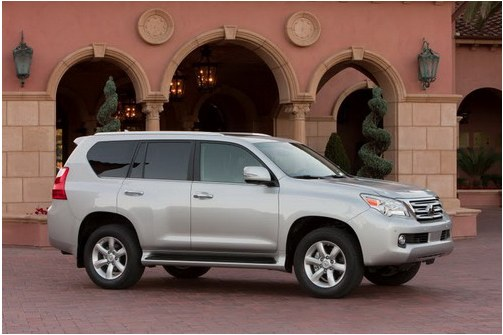 Official photos of new generation Lexus GX