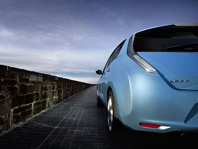 Nissan create on Leaf base a sports car