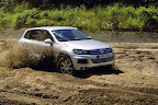 фото Volkswagen Touareg 2011-31.jpg