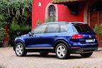 фото Volkswagen Touareg 2011-12.jpg