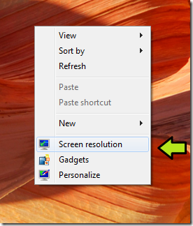 Windows7-right-click-desktop-screen-resolution-option