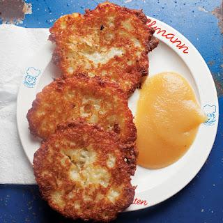 Kartoffelpuffer (Potato Pancakes).