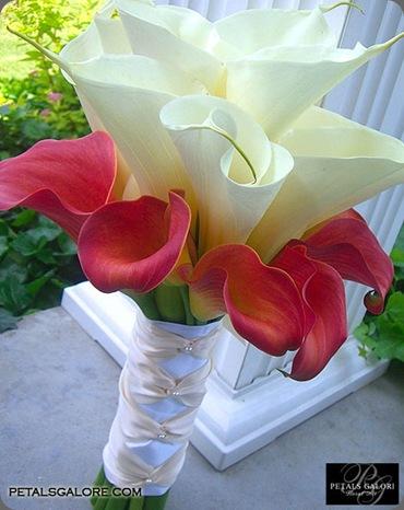 bouquet-201-lg petals galore