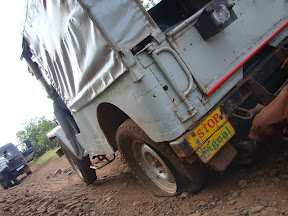 A jeep suffering flat tyre