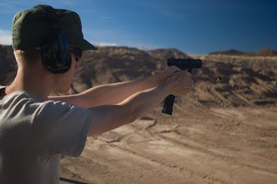 BeMaster Shooting a Glock 19