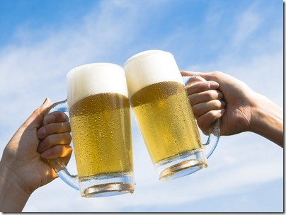 Food_Drinks_Golden_beer_013229_