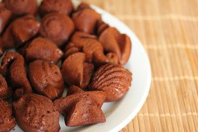 Chocolate Seashell Cakelets
