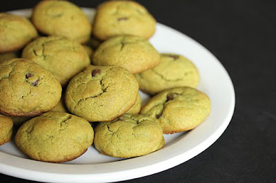 photo of a plate of Soft Matcha Chocolate Chip Cookies