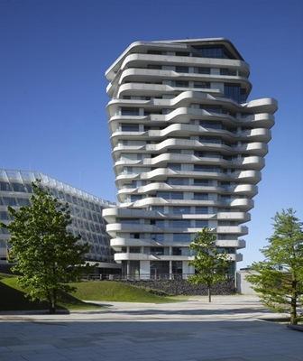 Torre-Marco-Polo-Behnisch-Architekten