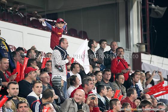 UEFA Champions League 2010/11. CFR Cluj - FC Basel 2-1 // Un alt suporter alb-vişiniu