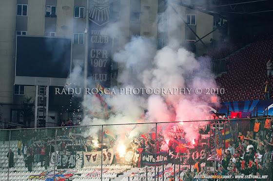 UEFA Champions League 2010/11. CFR Cluj - FC Basel 2-1 // Torţe în peluză, la elveţieni