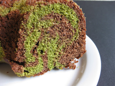 close-up photo showing the marbled chocolate and matcha cake