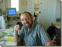 沃尔特·马西克在他的家庭办公室